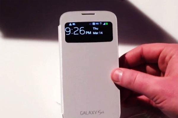 Краткий обзор чехла S-View Cover на Samsung Galaxy S IV