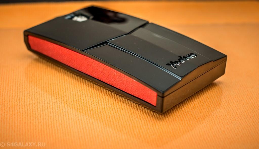 Внешний вид батареи Yoobao YB-651