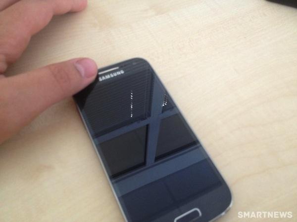 Новые фотографии Samsung Galaxy SIV Mini