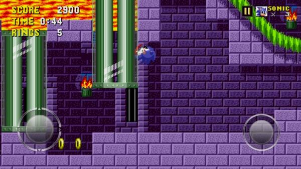 Игра Sonic The Hedgehog на Samsung Galaxy S4 - уровень 2