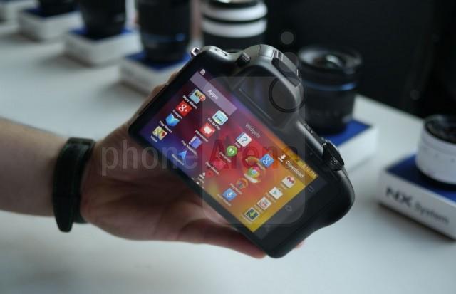 Камера Samsung Galaxy NX - фото