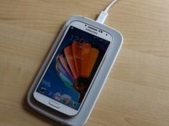 Беспроводная зарядка от Samsung - видео