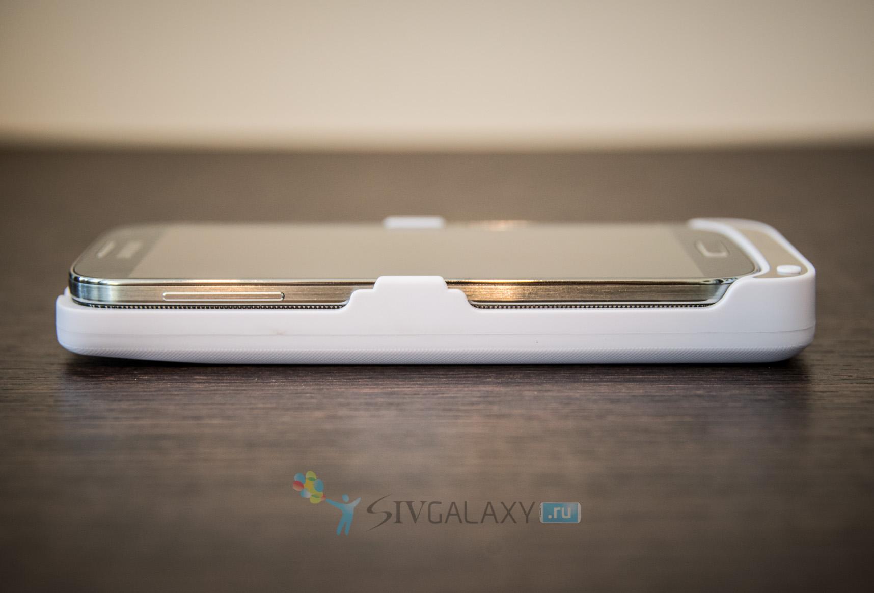 Кейс с аккумулятором для Samsung Galaxy S4 - левая грань