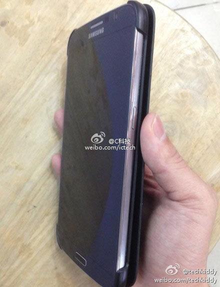 Очередное фото Samsung Galaxy Note 3