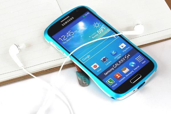 Двухцветный бампер из алюминия для Samsung Galaxy S4 - синий