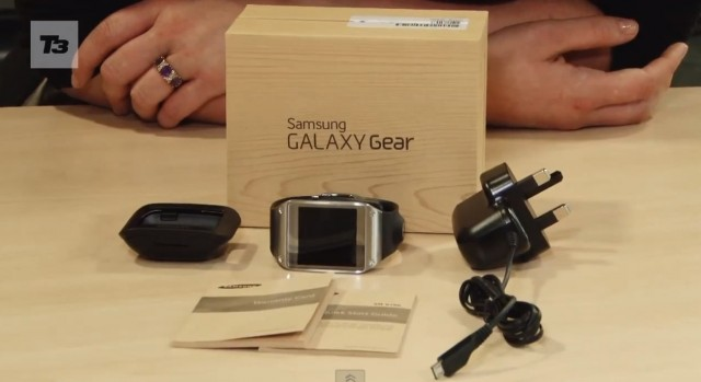 Samsung Galaxy Gear - видео распаковки
