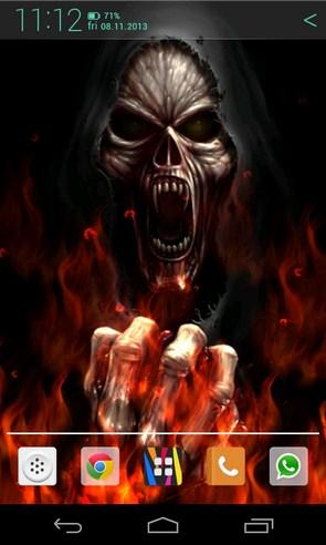 Flames and Skull - анимированные обои на Галакси С4
