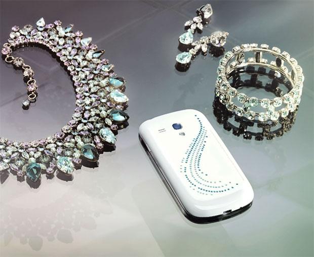 Samsung выпустил Galaxy S III mini Crystal Edition в Германии