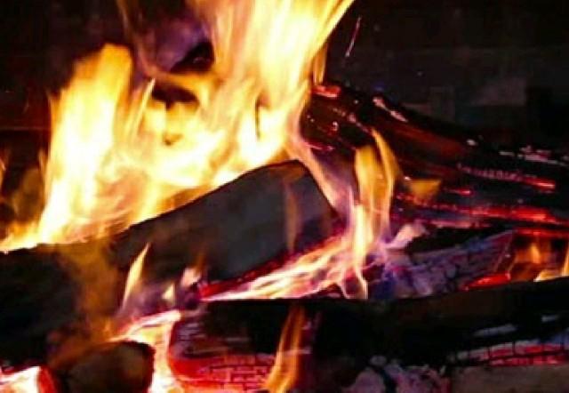 Virtual Fireplace - интерактивные обои на Android