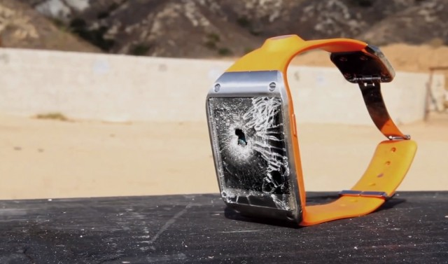 Часы Galaxy Gear против калибра 7,62х51