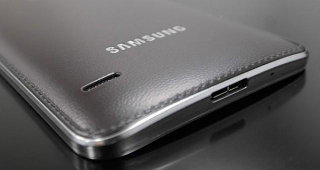Новые подробности о материале корпуса Samsung Galaxy S5