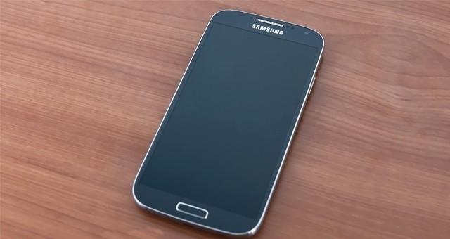 Samsung GT-I9515 станет новая версия Galaxy S4 Value Edition