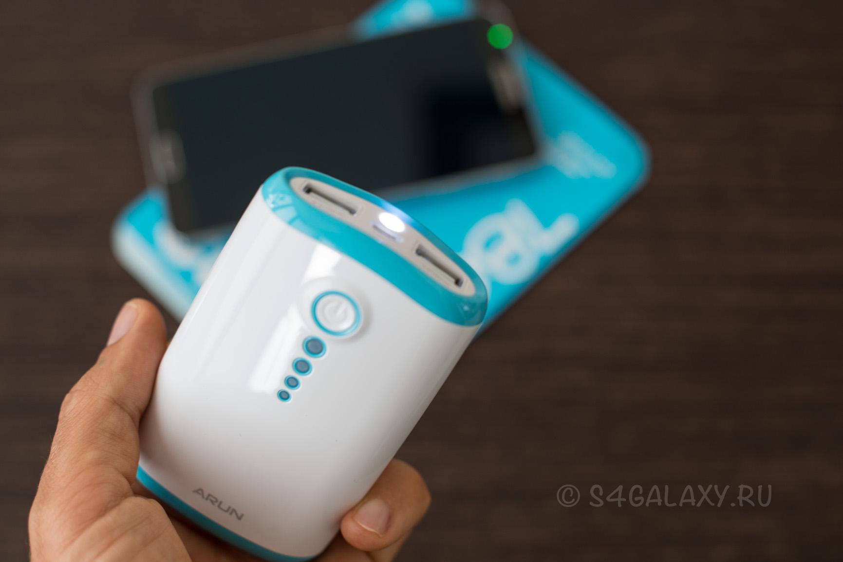 Аккумулятор на Galaxy S5 с фонариком