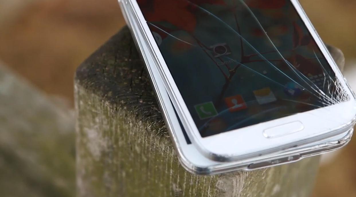 Дроп тест Galaxy S5 vs Galaxy S4