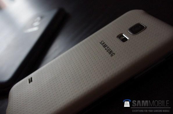 Предполагаемые фото с Samsung Galaxy S5 Mini
