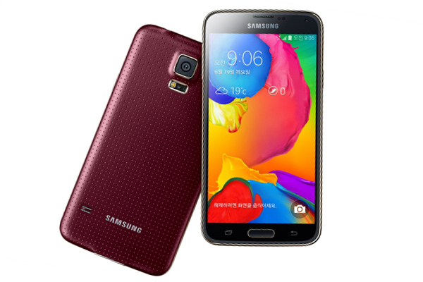Смартфон Samsung Galaxy S5 LTE-A с 2560 х 1440 дисплеем и Snapdragon 805