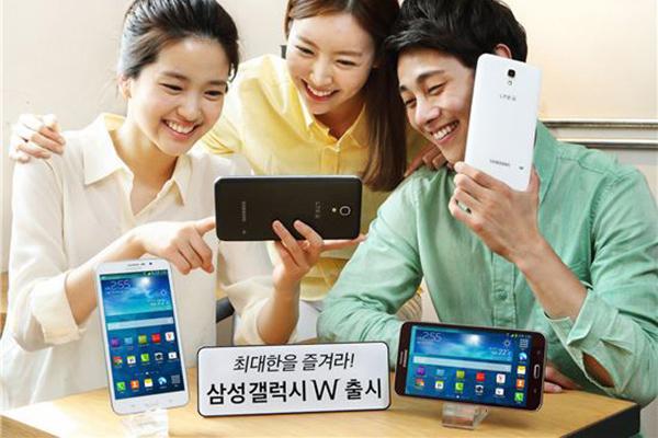 Огромный смартфон Samsung Galaxy W с 7-дюймовым дисплеем представили в Корее