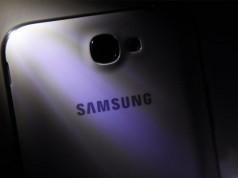 В Samsung Galaxy Note 4 реализуют датчик ультрафиолетового излучения
