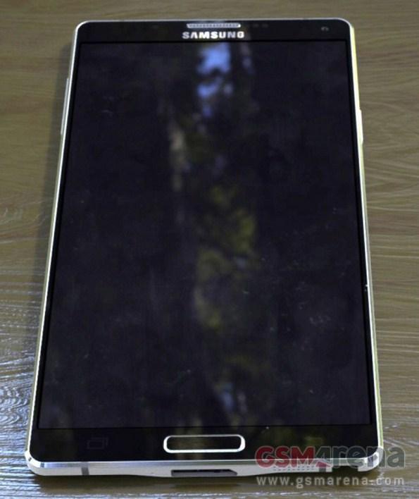 Samsung Galaxy Note 4 - фотографии смартфона