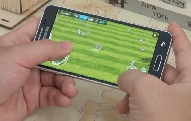 Samsung Galaxy Alpha в играх - новое видео