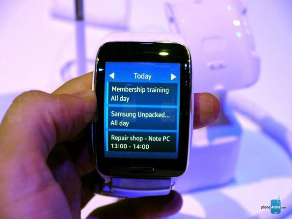 Умные часы Samsung Gear S - фото и видео