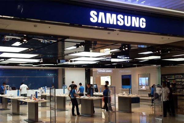 На CES 2015 партнёры увидят Samsung Galaxy S6