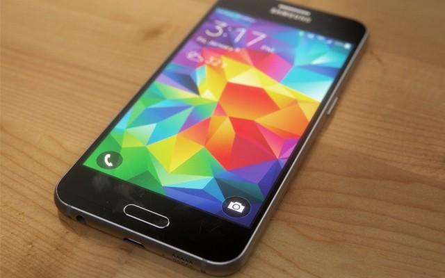 Samsung Galaxy S6 с измененным TouchWiz