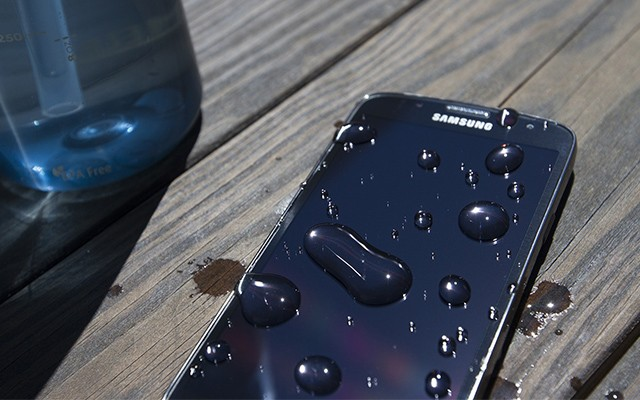 Моделью SM-G890A может быть Samsung Galaxy S6 Active