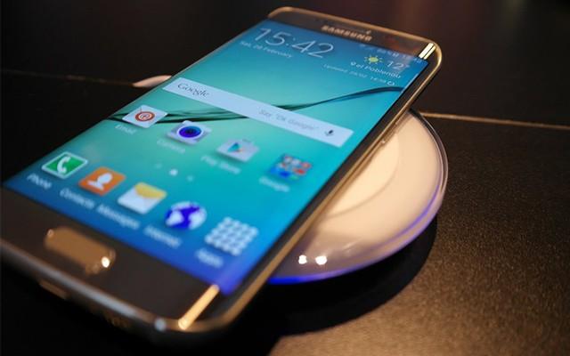 Беспроводная зарядка Samsung Galaxy S6 и S6 Edge
