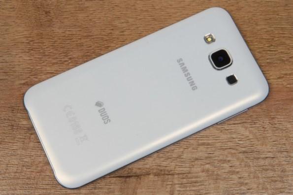 Samsung Galaxy E5 обзор смартфона