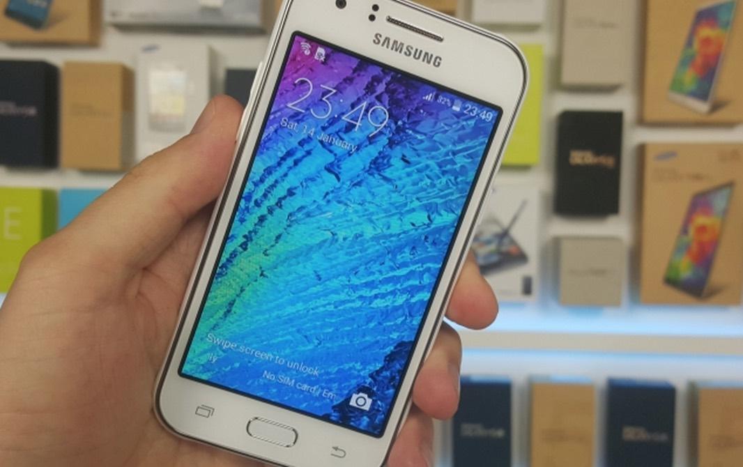 Samsung Galaxy J2 фото