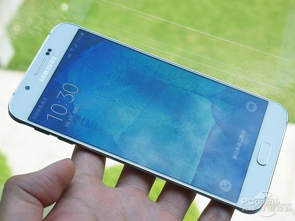 Фото Galaxy A8 попало в сеть - подробности