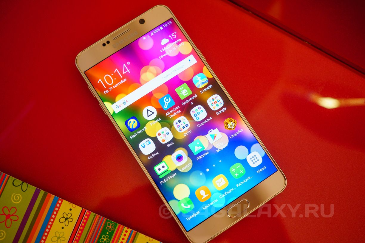 Внешний вид Samsung Galaxy Note 5 Gold