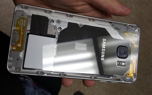 Samsung Galaxy Note 5 с прозрачной крышкой