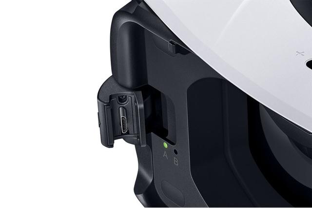 Шлем Samsung Gear VR доступен для предзаказа по цене 100 евро