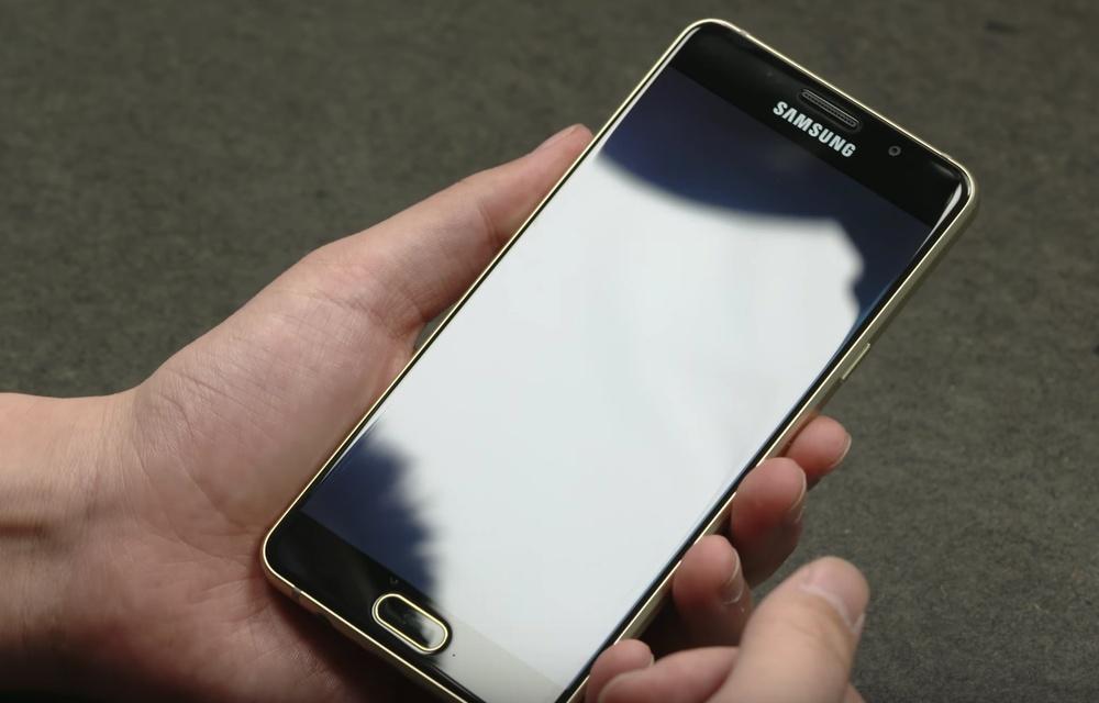 Samsung Galaxy A5 2016 SM-A5100 - дисплей