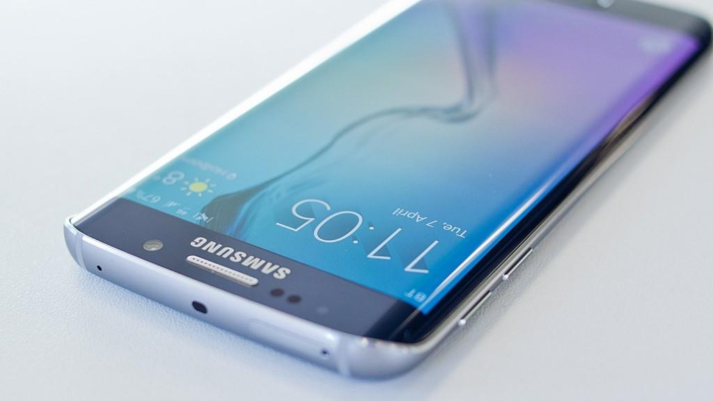 Samsung Galaxy S7 и S7 edge будут продаваться без лого в Южной Корее и Китае