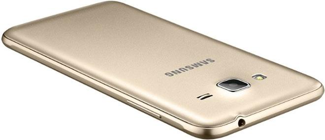 Samsung Galaxy J3 2016 - задняя крышка