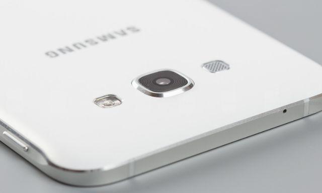 Galaxy A8 (2016) сертифицирован FCC
