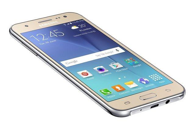 Galaxy J5 начинает получать обновление 6.0.1 в Нидерландах