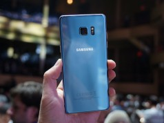 Samsung выпустит версию Blue Coral Galaxy S7 edge в Сингапуре