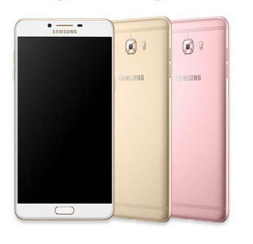 Samsung официально представила смартфон с 6 ГБ озу