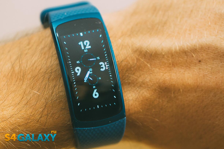 Samsung Gear Fit 2 - циферблаты часов