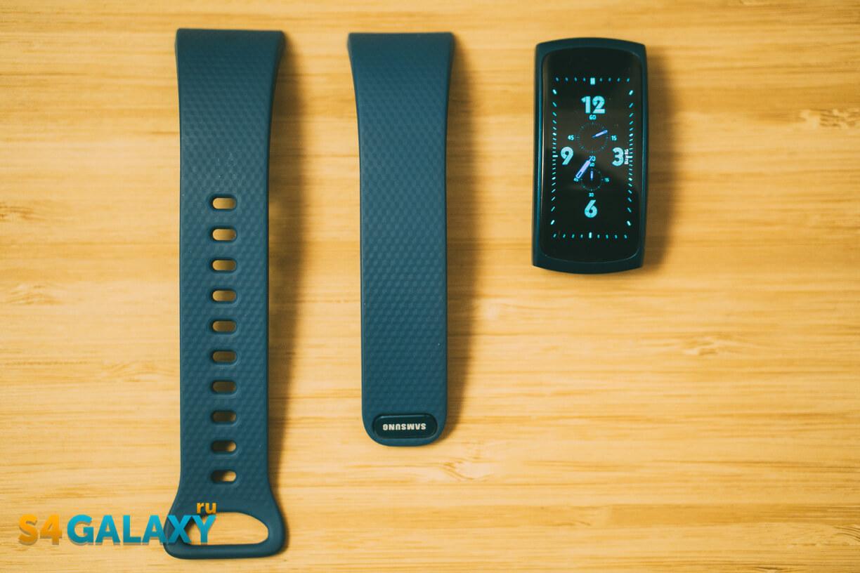 Samsung Gear Fit 2 - крепление ремешков