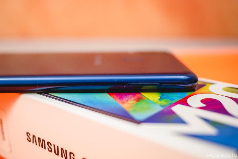 Смартфон Samsung Galaxy M20 2019 (Галакси М20 SM-M205F/DS, SM-M205G) слот для карт